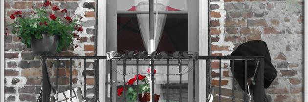 Sichtschutz auf dem Balkon – So schützen Sie sich vor neugierigen Nachbarn