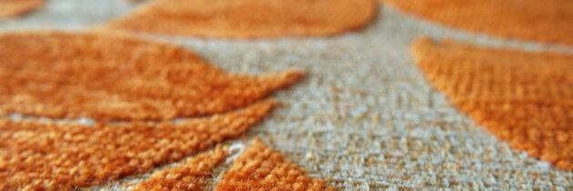 Ein Teppich als Bodenbelag auf dem Balkon